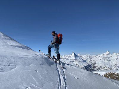 Fred à la montée, à 300m du sommet du Strahlhorn